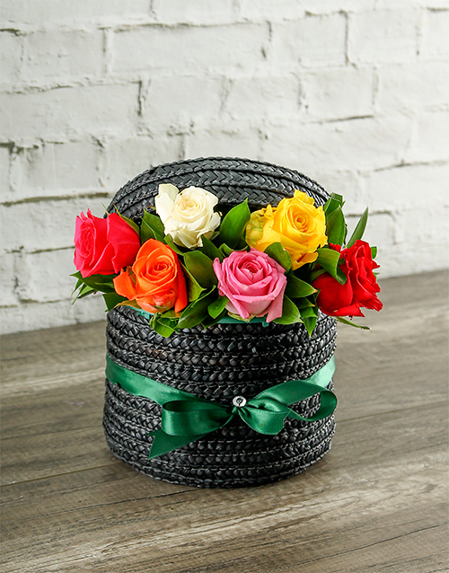 colour: Mixed Roses in a Hatbox!