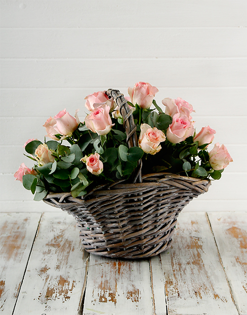 colour: Pink Roses in a Basket!