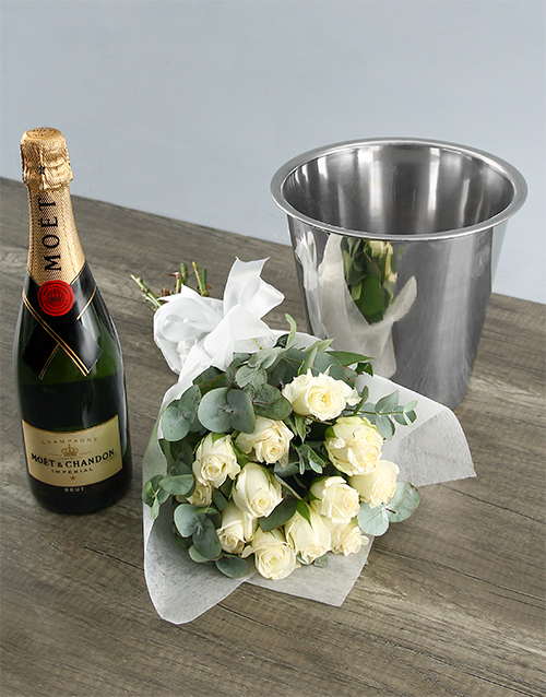 colour: Moet and White Rose Duo!