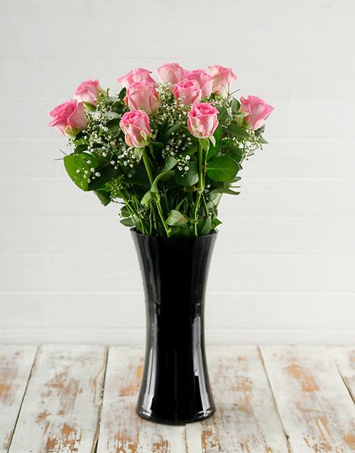colour: Pink Roses in Elegant Black Vase!