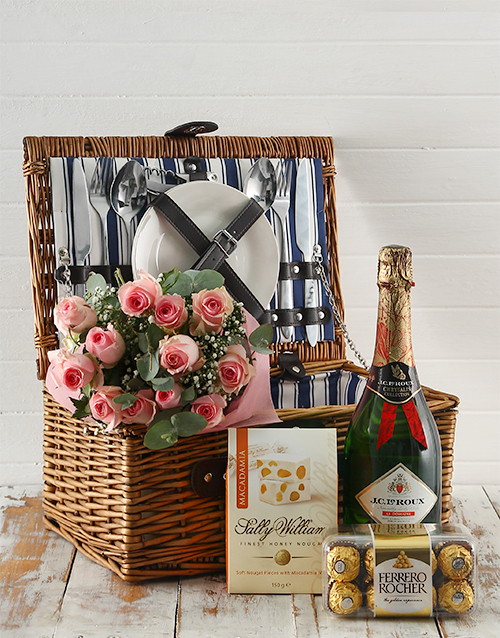 roses: Pink Perfection Picnic Basket Delight!