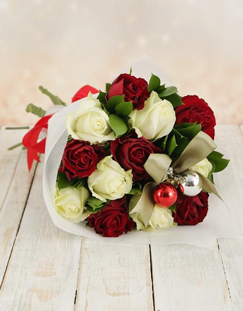 colour: Christmas Rose Bouquet!