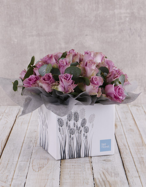 anniversary: Whimsical Roses in Fountain Box!
