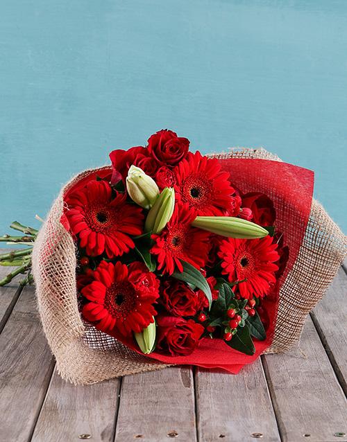 colour: Radiant Reds Bouquet!