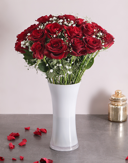 anniversary: Charming Red Roses!