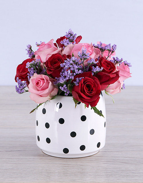 colour: Mixed Roses in Polka Dot!