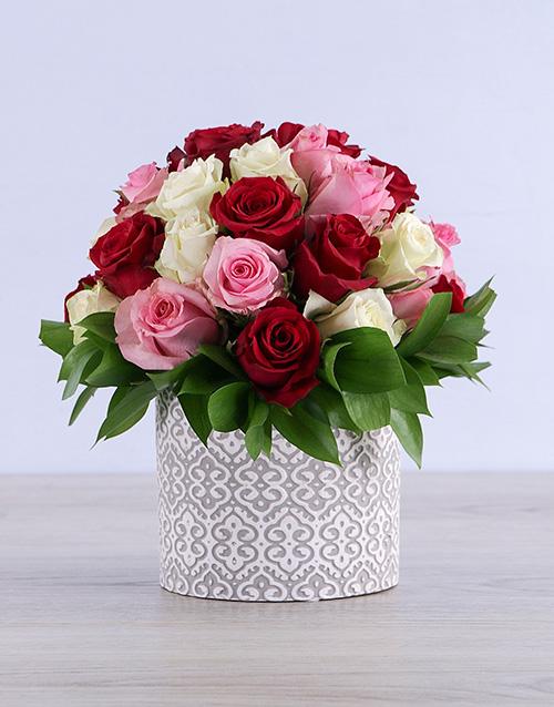 colour: Mixed Roses in Grey Ceramic!