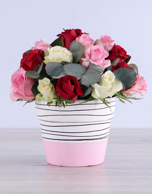 colour: Mixed Roses in Pink Ceramic!