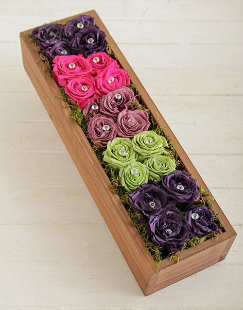 luxury: Rainbow Rose Box!