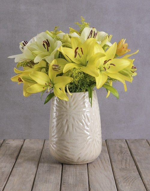 apology: Sunshine Variety Lily Blossoms!