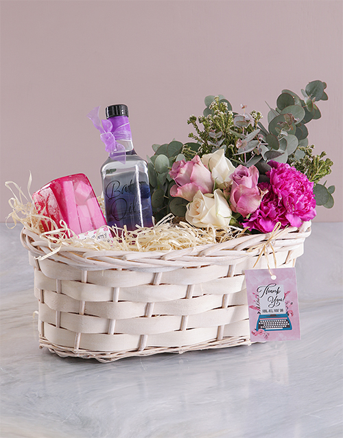 flowers: Bath and Floral Thank You Spoil!