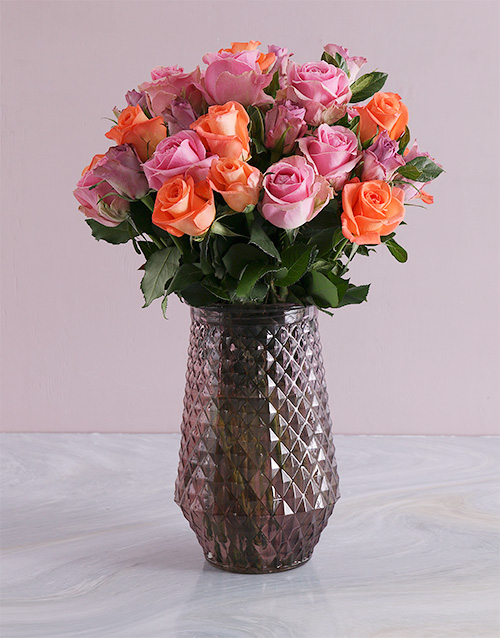 colour: Mixed Roses In Purple Vase!