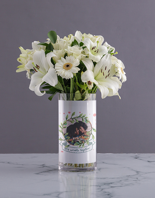 colour: Personalised White Flowers in Wrinkle Photo Vase!