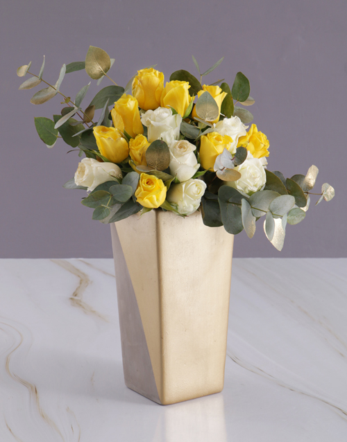 easter: Sun and White Rose Arrangement!