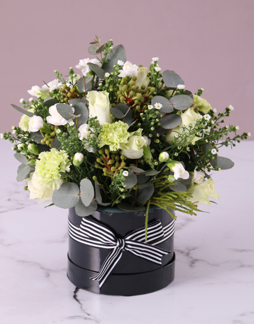 bosses-day: White Mixed Flower Hat Box!