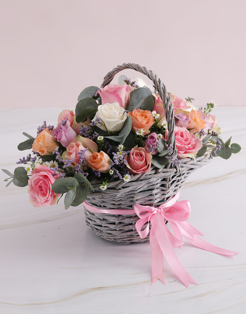 colour: Radiant Roses Willow Basket!