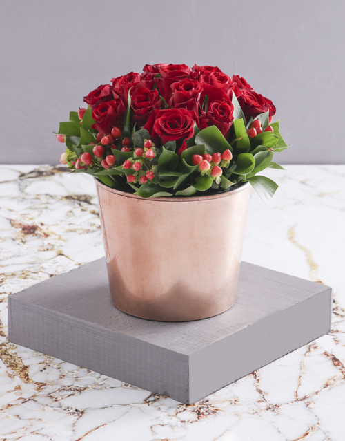 anniversary: Red Roses in Copper Pot!
