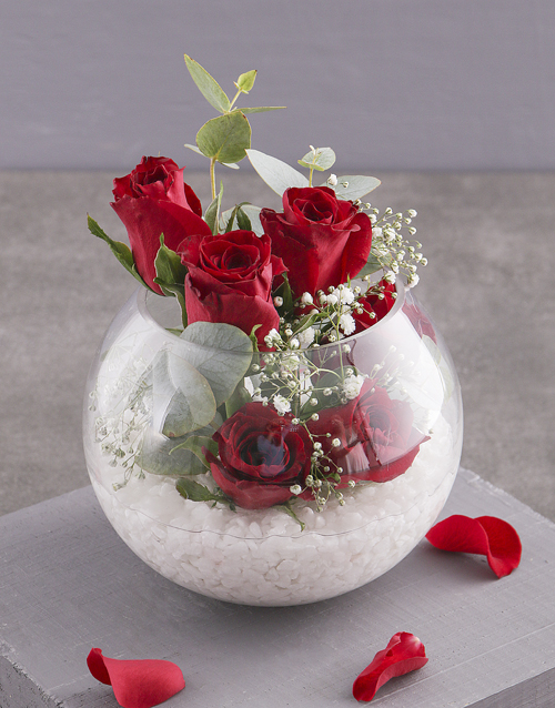 colour: Red Roses in Glass Bowl!