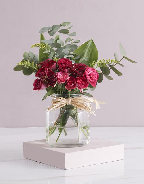 colour: Exquisite Abracadabra Roses In A Vase!