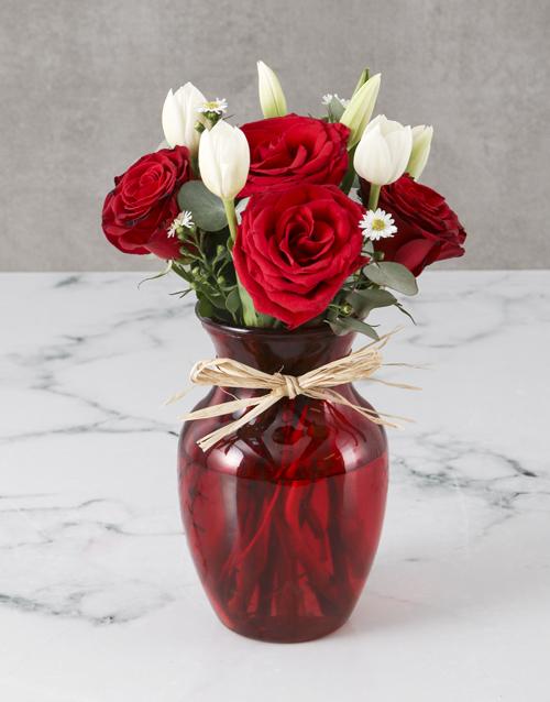 coloured-vases: Striking Tulips And Roses Vase!