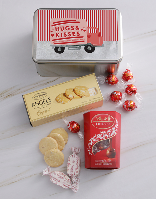 gourmet: Personalised Hugs And Kisses Snack Tin!