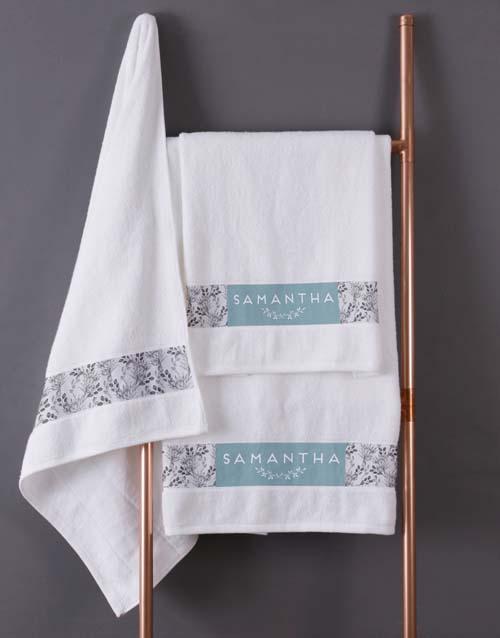 christmas: Personalised Protea White Towel Set!