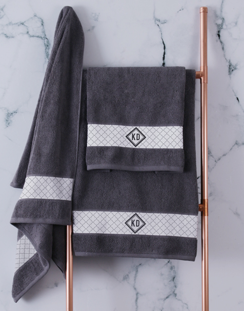 christmas: Personalised Crest Charcoal Towel Set!