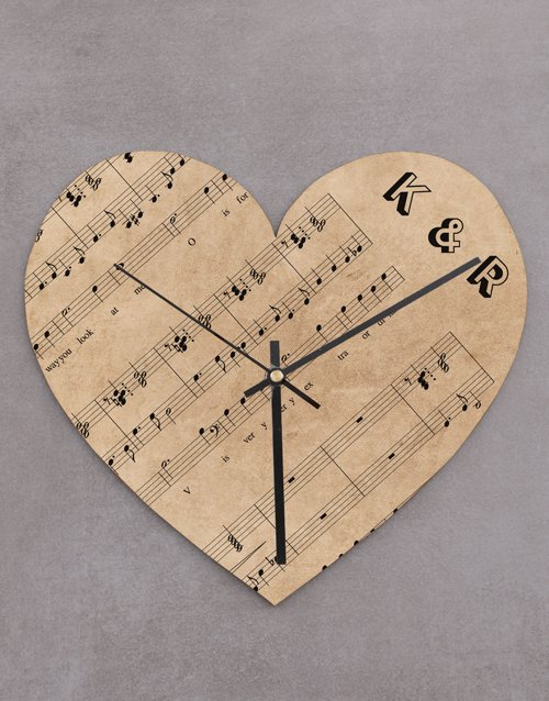 gifts: Personalised Sheet Music Heart Clock!