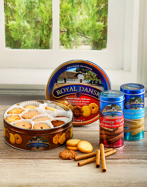 gifts: Bonkers for Biscuits Hamper!