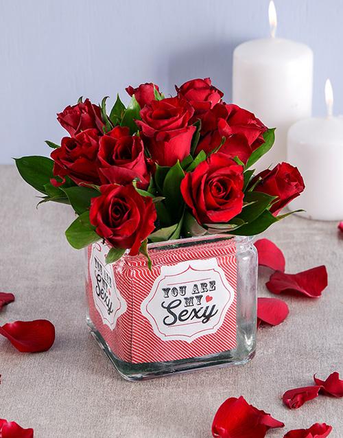colour: My Sexy Rose Vase!