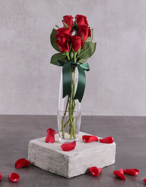 anniversary: Say it with Six Red Roses!