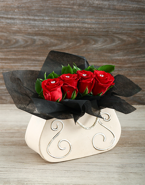 colour: Red Roses in a Handbag Gift!